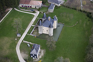 Château de Landreville - Landreville Castle - southwest view in 2010