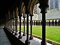 Le Mont-Saint-Michel Abbaye de Mont-Saint-Michel Cloître 16.jpg