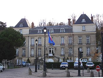 Le Port-Marly - Town hall