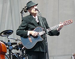 https://upload.wikimedia.org/wikipedia/commons/thumb/4/4b/Leonard_Cohen_at_Edinburgh_Castle.jpg/250px-Leonard_Cohen_at_Edinburgh_Castle.jpg