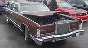 Lincoln Continental (Sterling Ford).jpg