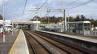 Livingston North railway station - Platform 1, looking towards Edinburgh in 2011