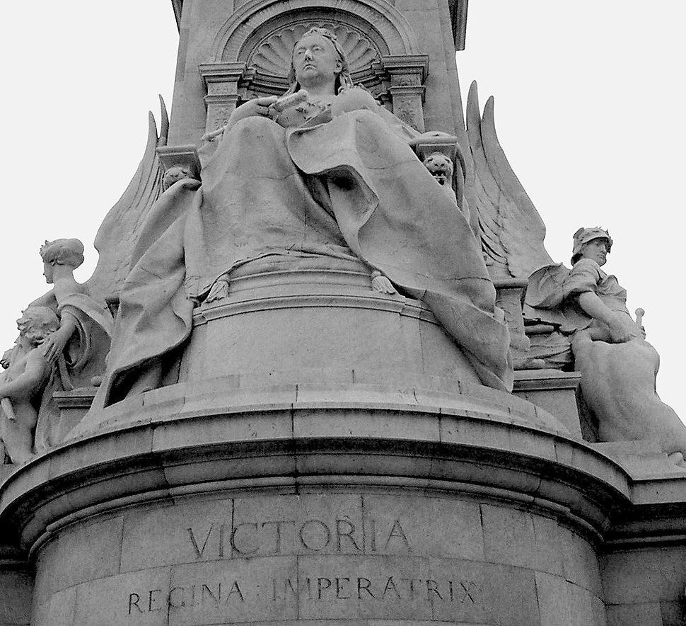 London - Victoria Monument
