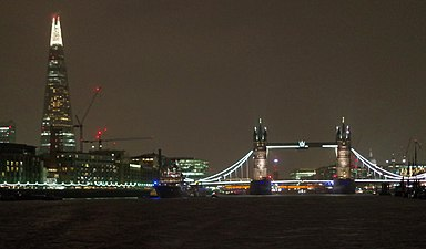 London MMB »1Z0 The Shard and Tower Bridge.jpg