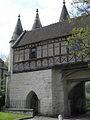 Longpont (02) Abbaye Porterie 01.JPG