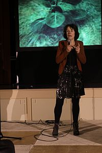 Louise Vet - Ig Nobel Night 2013 - 1.JPG