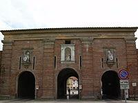 LuccaPortaSMariaOutside.JPG