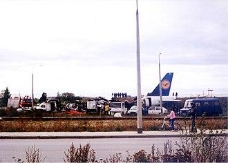 Lufthansa Flight 2904 - Wreckage of Flight 2904 on 15 September 1993