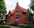 Luisenkirchhof, Verwaltungsgebäude, Fürstenbrunner Weg, Berlin-Charlottenburg.jpg