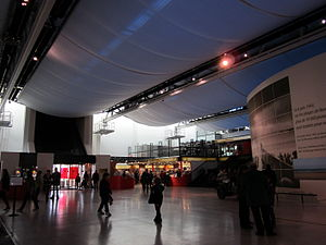 Mémorial de Caen foyer October 2011.JPG