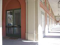 München Theatermuseum (Ansicht mit Hofgartenarkaden).JPG