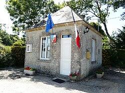 MAIRIE D'ECAUSSEVILLE 50310 FRANCE.jpg