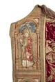 MCC-21485 Rode koorkap met verrijzenis op schild, aurifriezen met Bonifatius, Augustinus en Barbara (8).tif