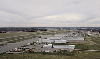 Veterans Airport of Southern Illinois - Image: MWA airport seen from a departing plane