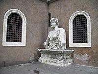 Madama Lucrezia a piazza san marco.JPG