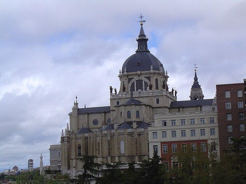 Madrid. Catedral de la Almudena 7.JPG