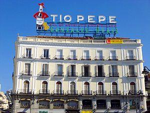 Gonz lez byass wikipedia la enciclopedia libre for Tio pepe puerta del sol madrid