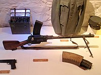 Madsen machine gun with magazine.jpg