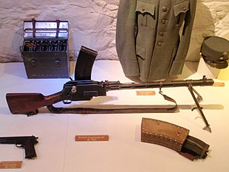 Madsen machine gun - A Madsen light machine gun with spare magazine.
