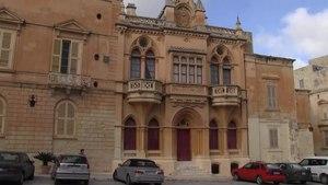 File:Malta - Mdina - Pjazza San Pawl+Bishop's Palace+St. Paul's Cathedral 01 (0) ies.webm