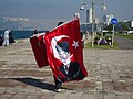 Man selling flags in İzmir.jpg