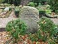 Manfred Kittlaus - Friedhof Heerstraße - Mutter Erde fec .JPG