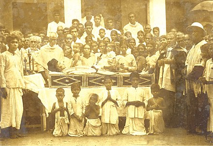 Funeral of Venerable Mar Varghese Payyappilly Palakkappilly on 6 October 1929. Mar Varghese Payyappilly Palakkappilly Funeral.jpg