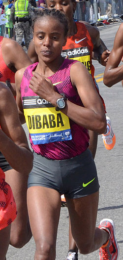 Mare Dibaba in 2014 Boston Marathon.jpg