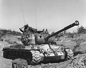 M46 Patton - Image: Marines tank Korea 19530705