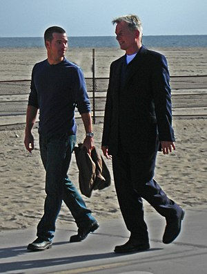 Chris O'Donnell - O'Donnell and Mark Harmon filming in 2009