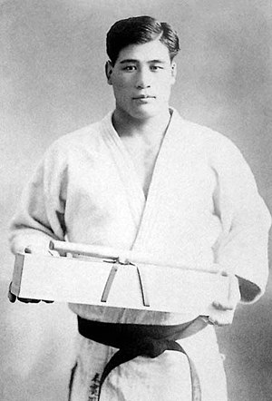 Kenshiro Abbe - Masahiko Kimura was perhaps Abbe's most famous opponent in judo competition