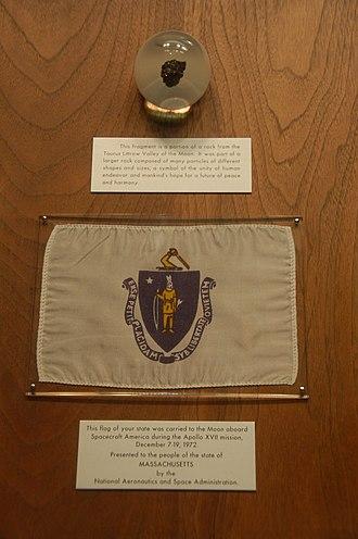 Apollo 17 lunar sample display - Image: Massachusetts Apollo XVII display