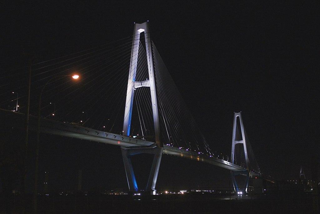 Meiko Central Bridge 20170704A.jpg