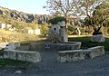 Melve, fontaine du Serre.JPG