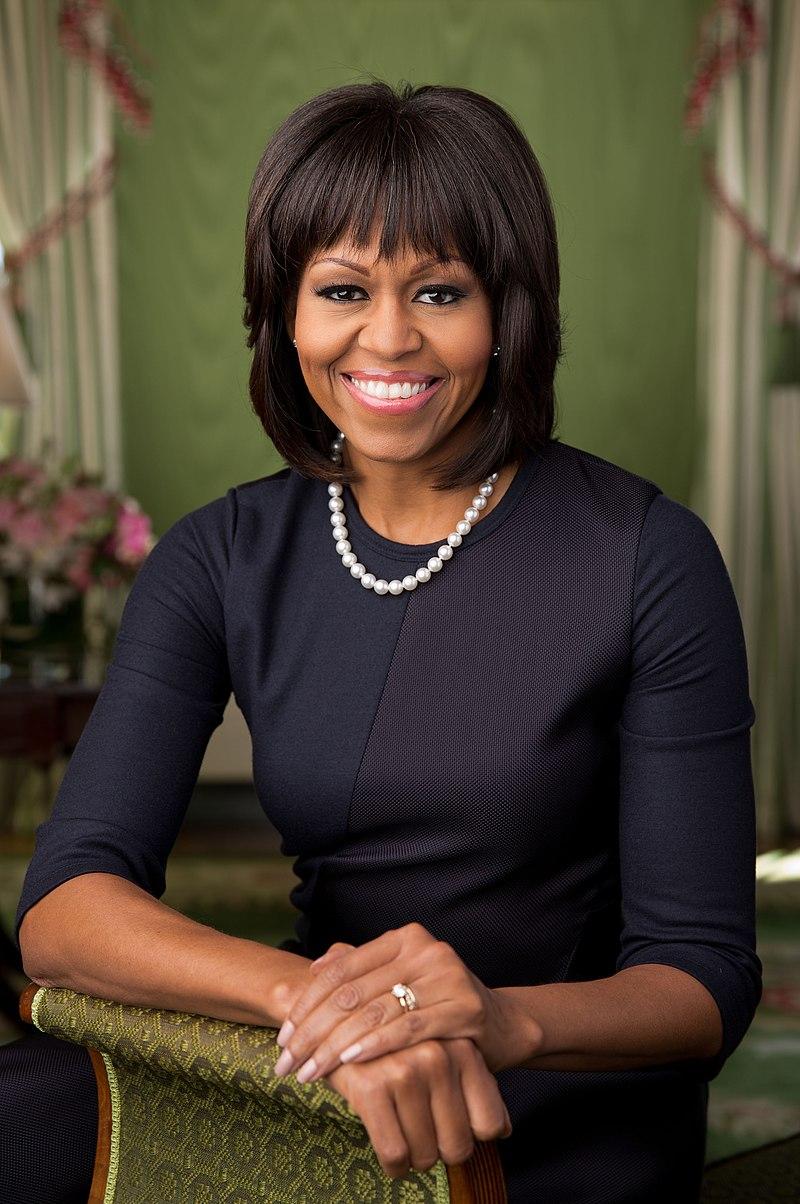 Michelle Obama 2013 official portrait.jpg