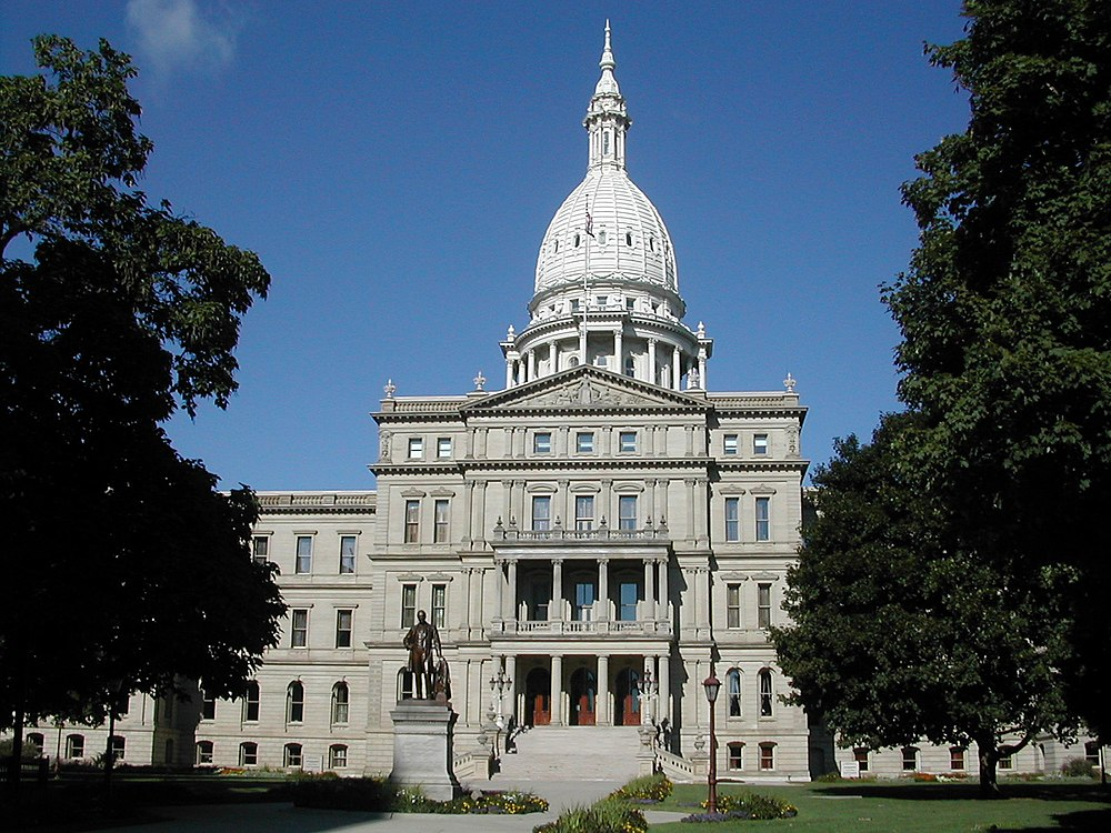 The population density of Lansing in Michigan is 1110 people per square kilometer (2874.67 / sq mi)