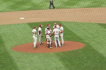 English: Mike Martin (11) visits the mound to ...