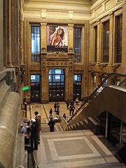 Milano - Stazione centrale - Atrio delle scale mobili - Foto Giovanni Dall'Orto - 1-1-2007 - 03.jpg