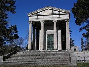 Jeremiah Milbank - Milbank mausoleum in Putnam Cemetery