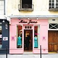 Miss June, 30 Rue de Sévigné, 75004 Paris 2012.jpg