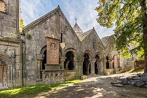 Sanahin Monastery - Image: Monasterio de Sanahin, Armenia, 2016 09 30, DD 52 54 HDR