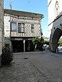 Monflanquin (47) Maison à colombages.JPG