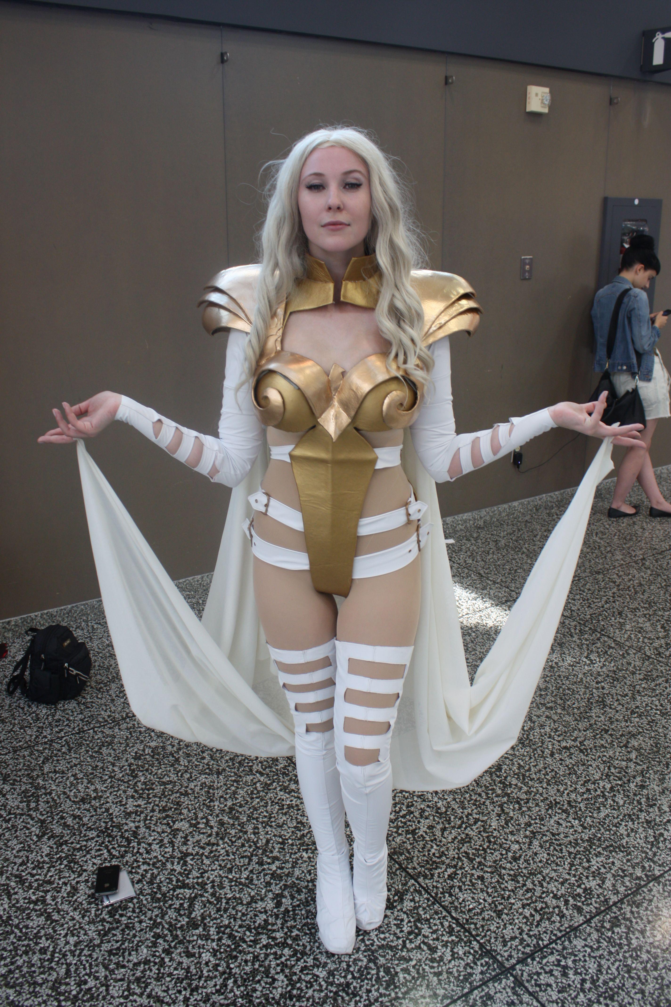 phoenix cosplay frost Emma