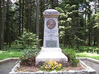 Col de la République - Monument to Paul de Vivie Vélocio at the summit of the col