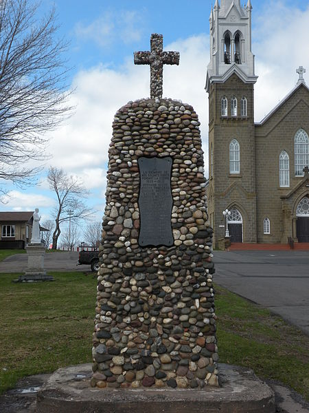 File:Monuments aux morts Tracadie-Sheila.jpg
