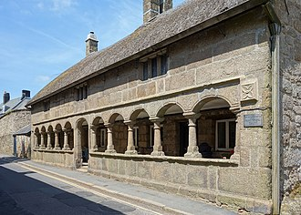 1630s in architecture - Image: Moretonhampstead alms houses