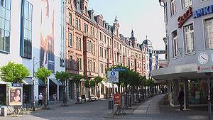 Fußgängerzone Münchener Str. mit Gillitzerblock