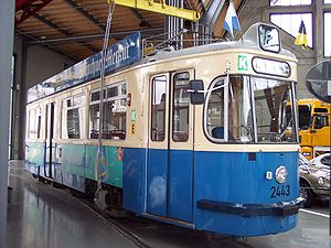 Trams in Munich - A type M4.65 tram from the 1950s in the Deutsches Museum