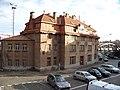 Nádraží Vinohrady, z ulice Pod Nuselskými schody.jpg