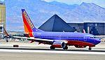 N723SW Southwest Airlines 1999 Boeing 737-7H4 C-N 27855 (5997510090).jpg